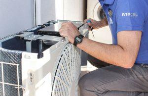 Reparación y mantenimiento de aire acondicionado y bomba de calor